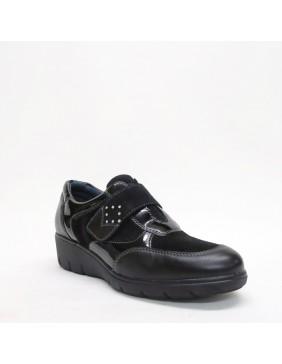 Zapato deportivo con cuña