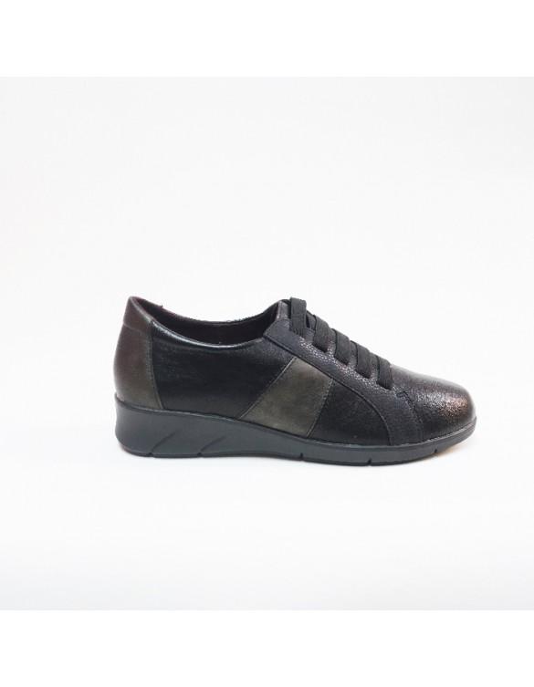 Zapato deportivo cordones elásticos